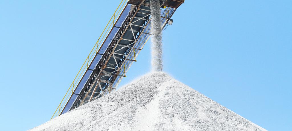 Quartz sand being produced